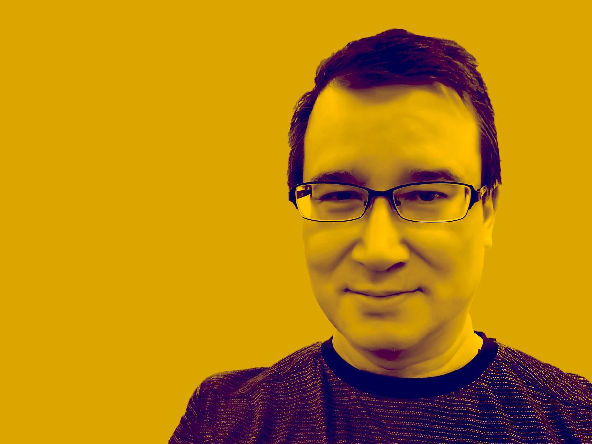 picture of Martin_Yamashita in yellow tint